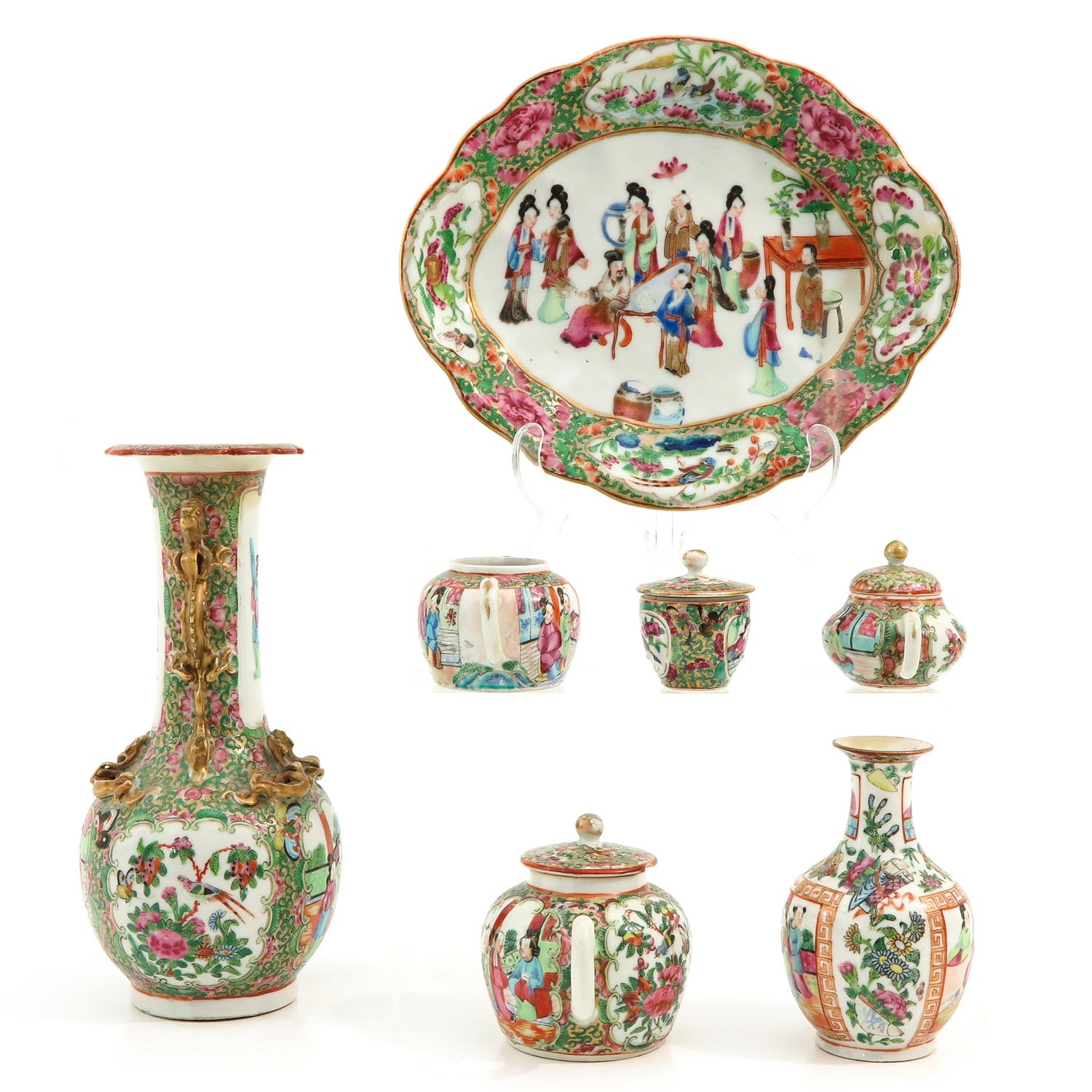 A Collection of Cantonese Porcelain - Image 2 of 10