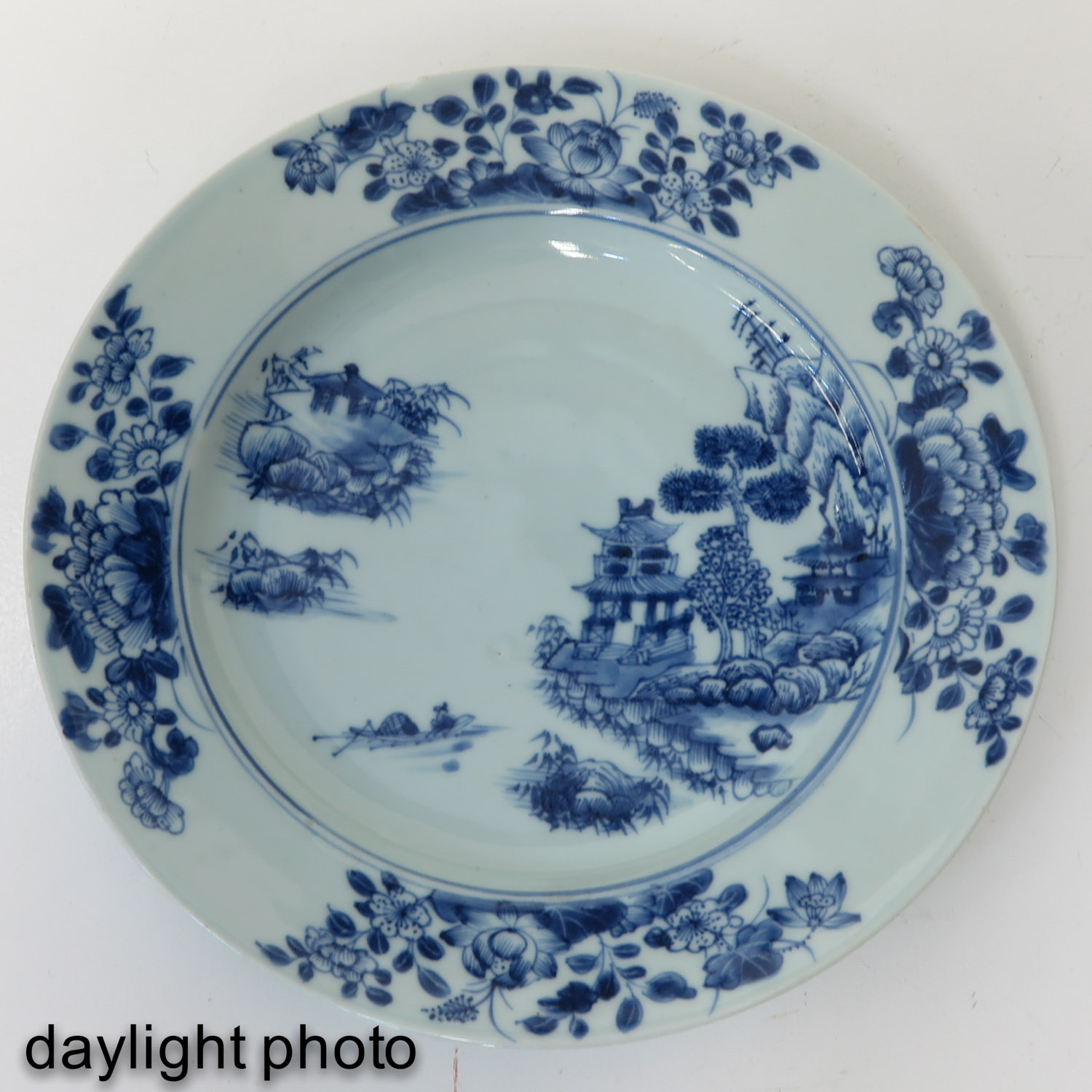 A Series of 3 Blue and White Plates - Image 9 of 10