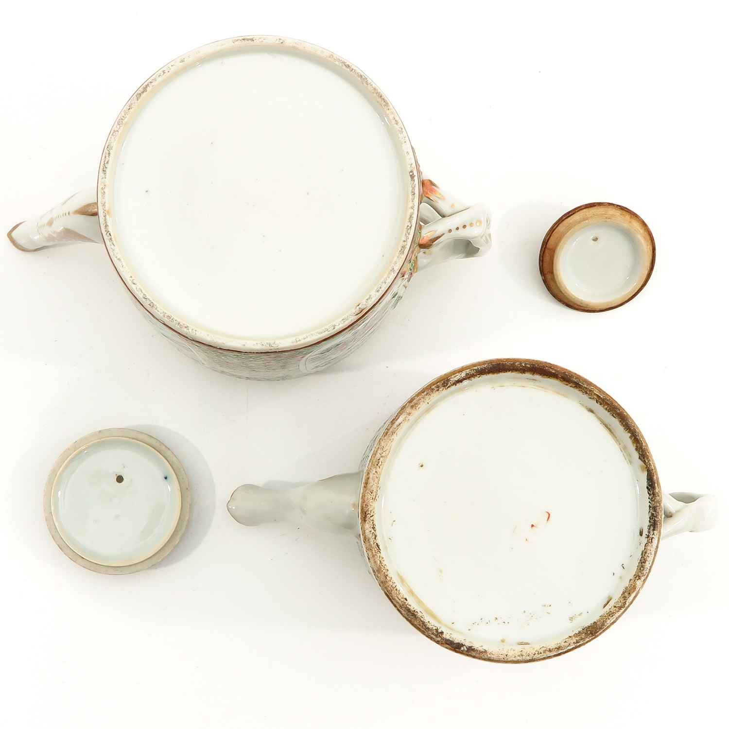 A Lot of 2 Cantonese Teapots - Image 6 of 9