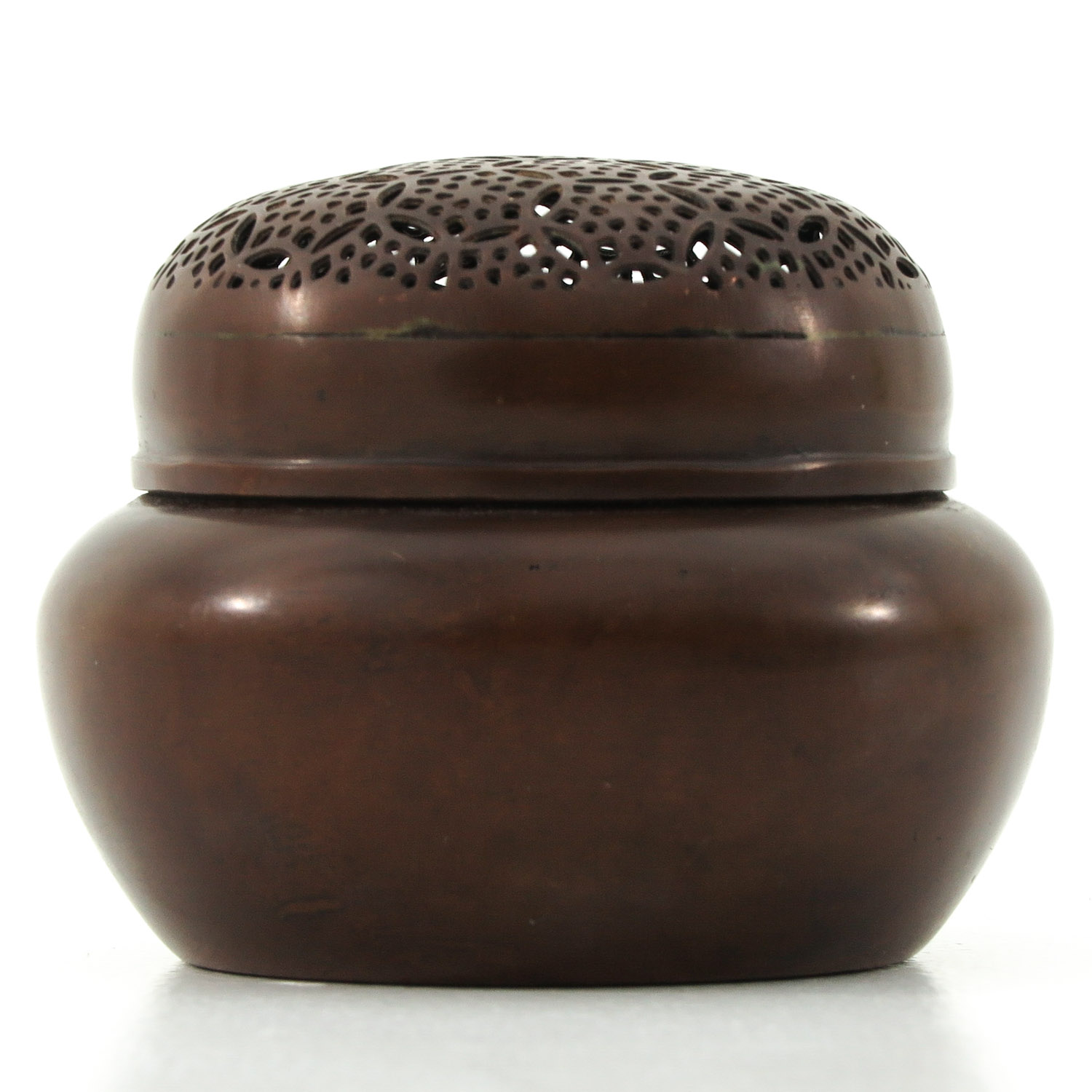 A Bronze Jar with Cover - Image 4 of 10