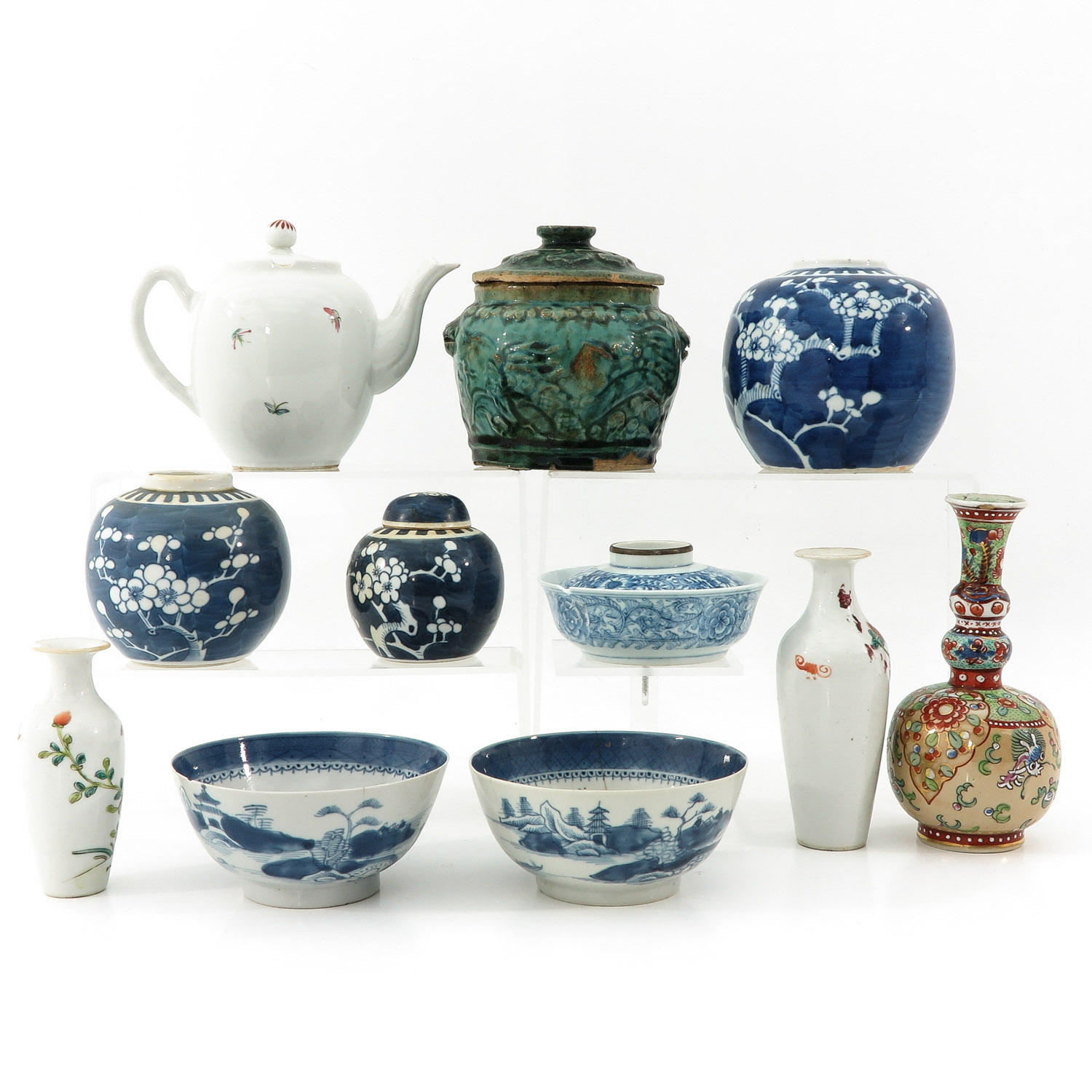 A Large Collection of Porcelain - Image 3 of 10