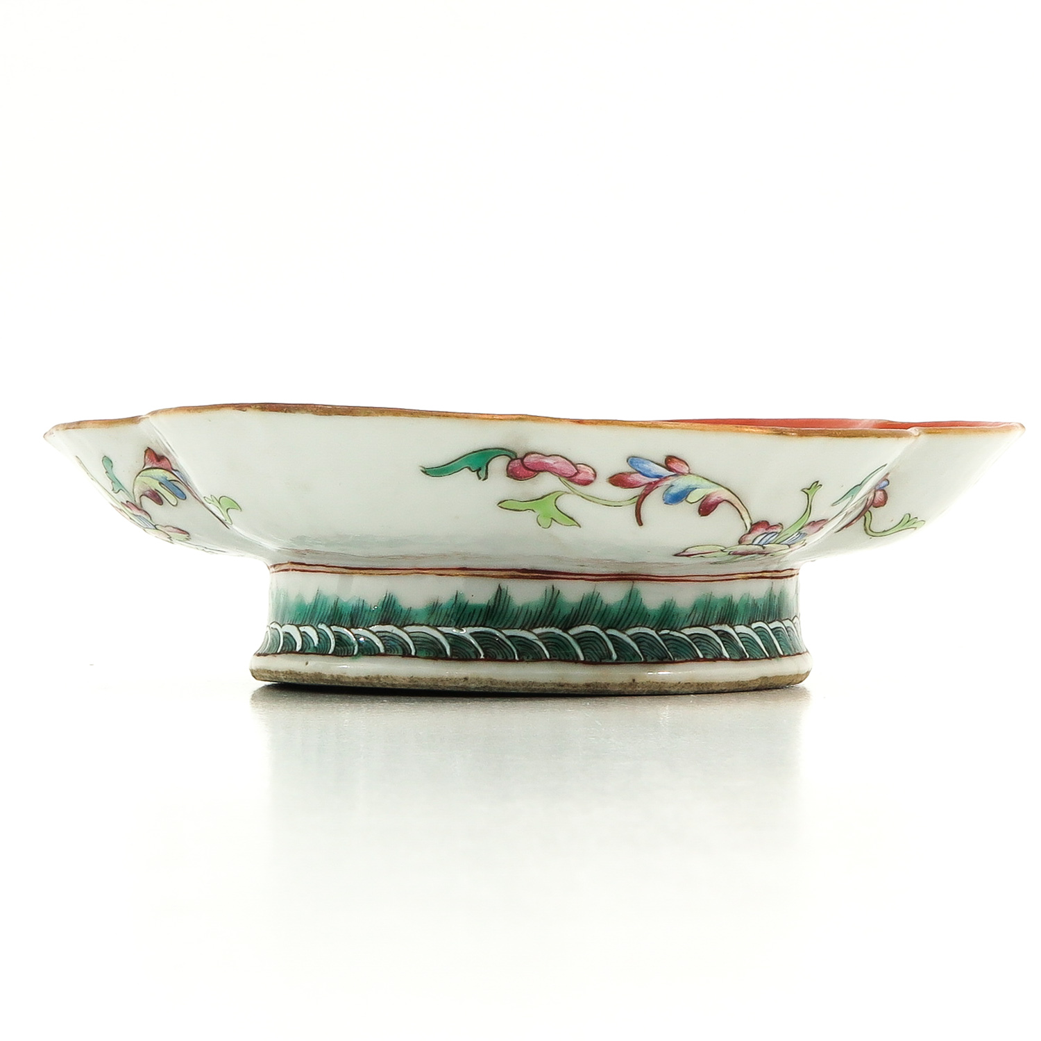 A Famille Rose Altar Dish - Image 2 of 10