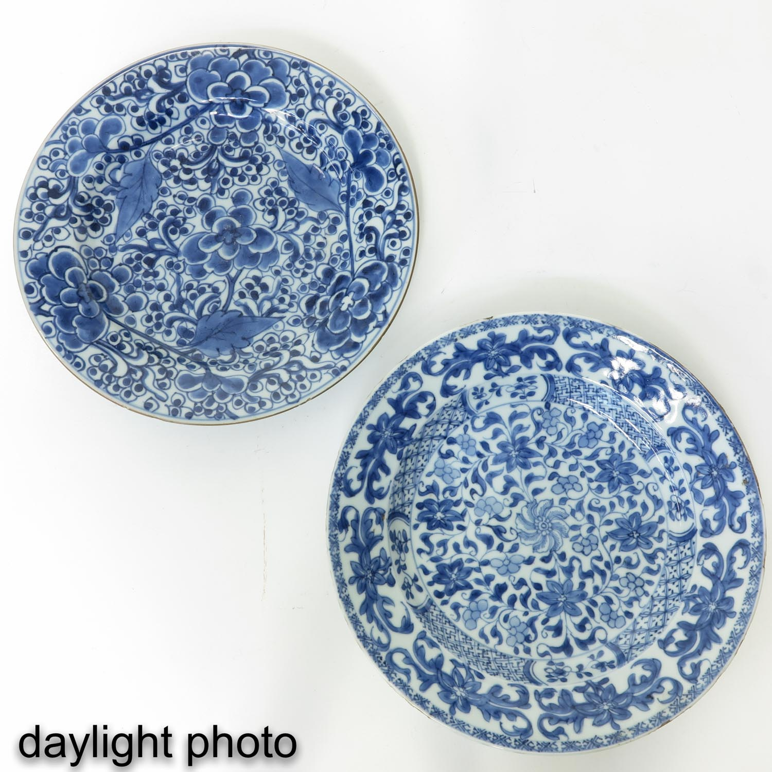 A Series of 5 Blue and White Plates - Image 7 of 10
