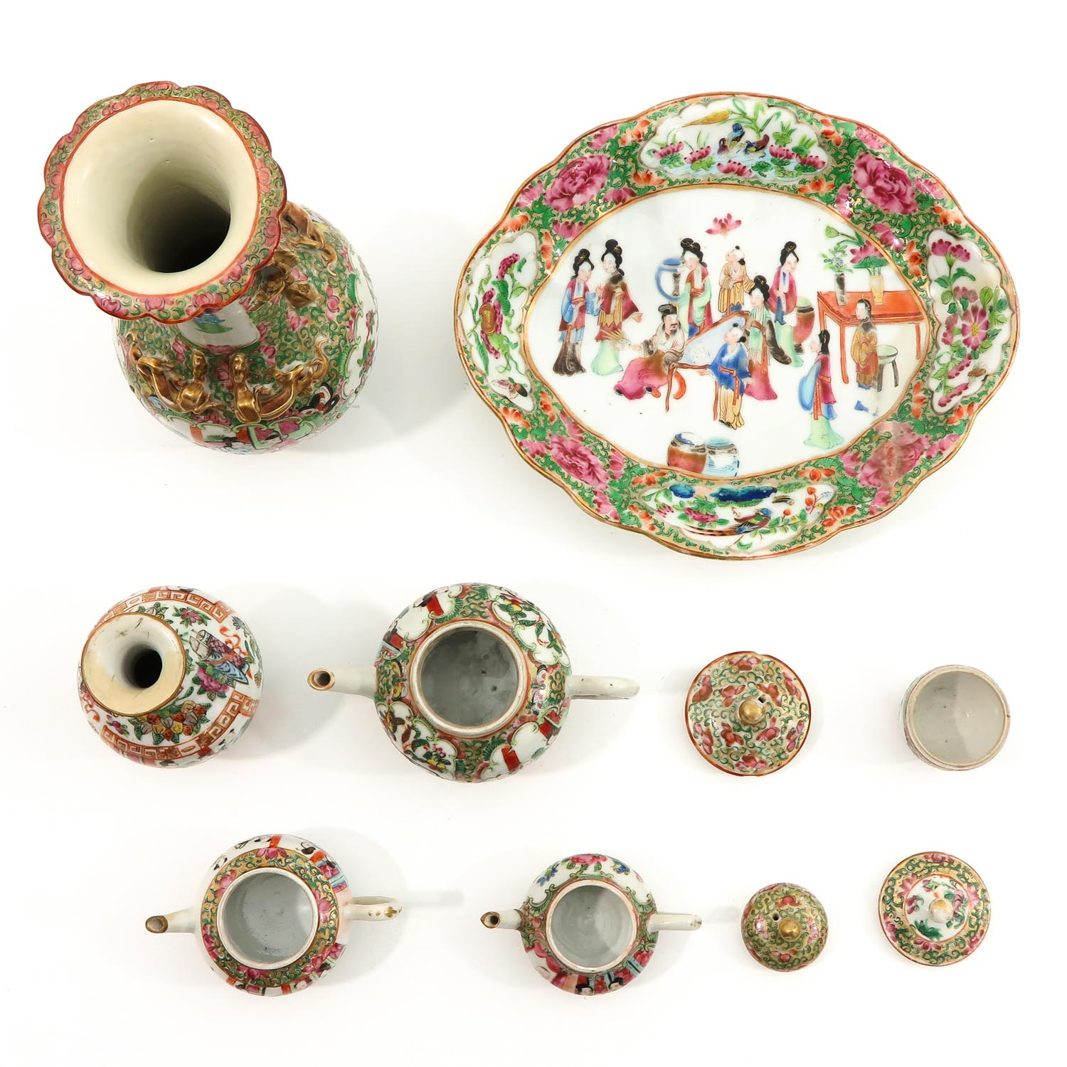 A Collection of Cantonese Porcelain - Image 5 of 10