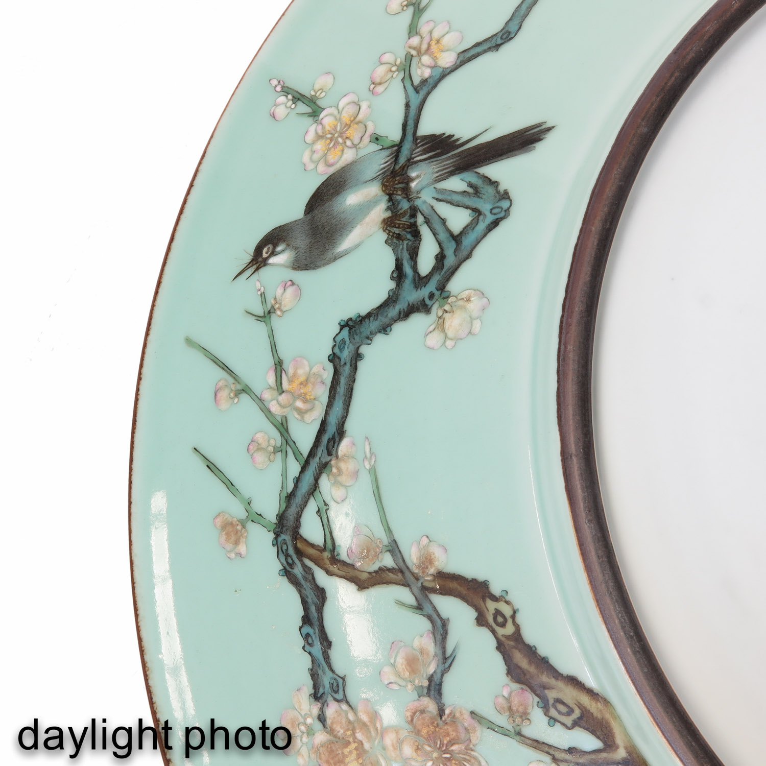 A Celadon Charger - Image 10 of 10