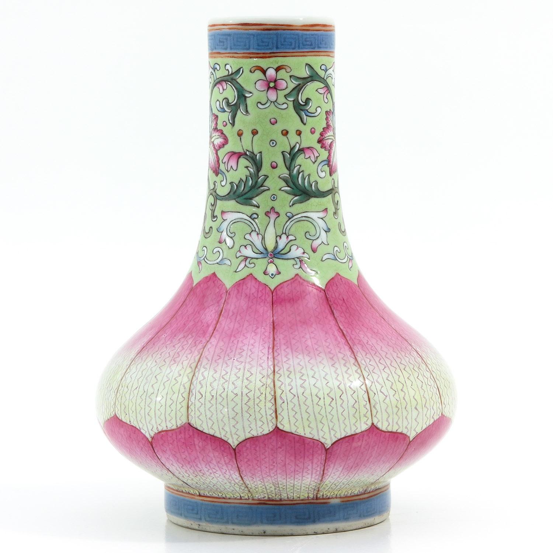 A Famille Rose Vase - Image 4 of 9