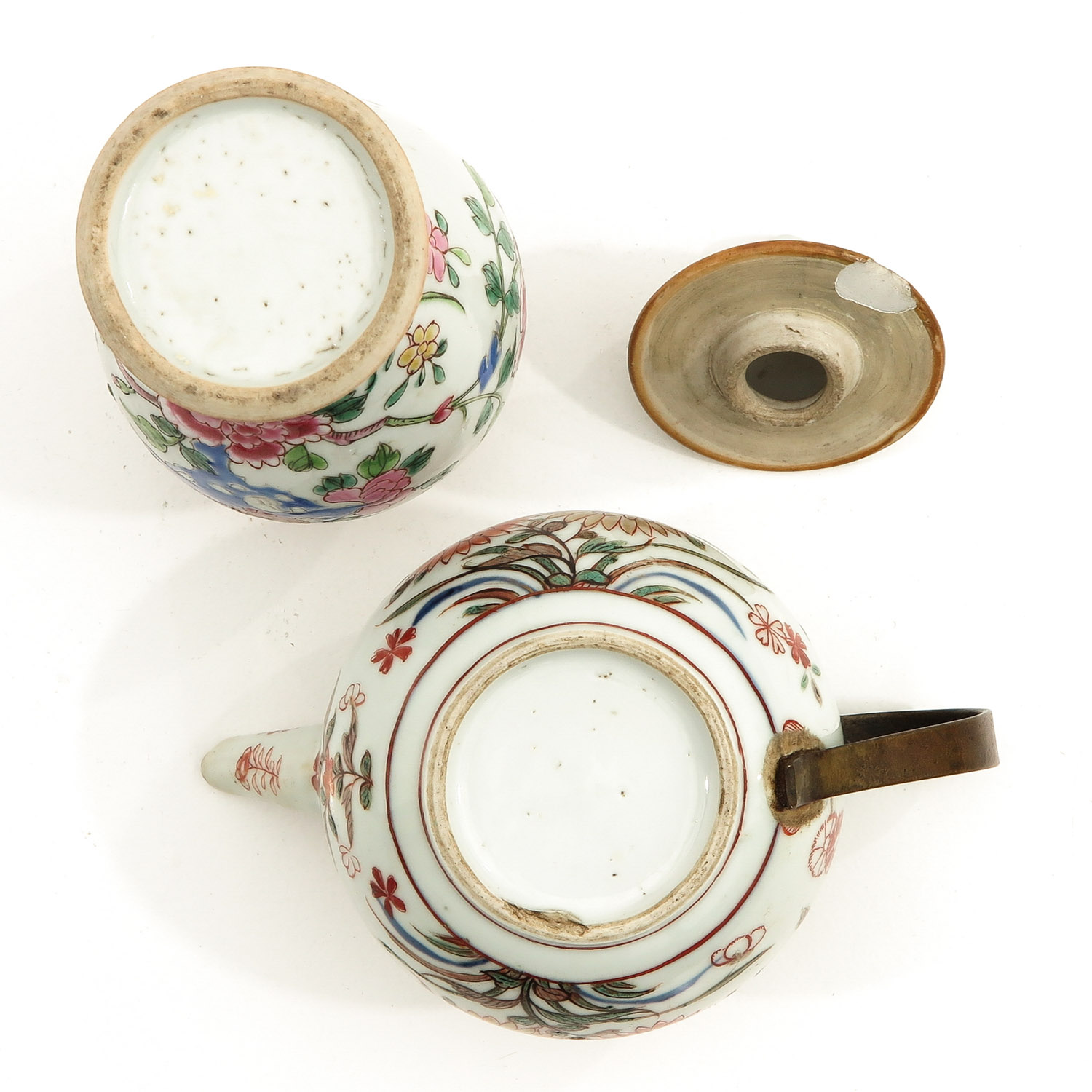 A Famille Rose Vase and Teapot - Image 6 of 9
