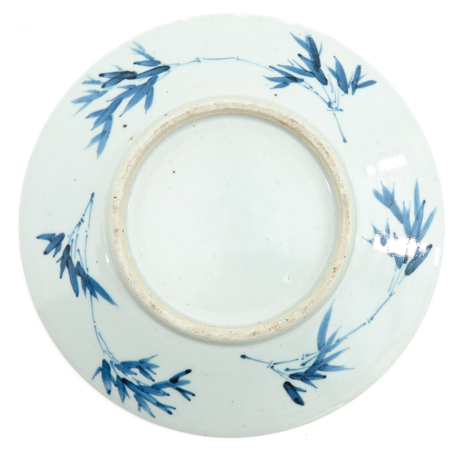 A Blue and White Dish - Image 2 of 5