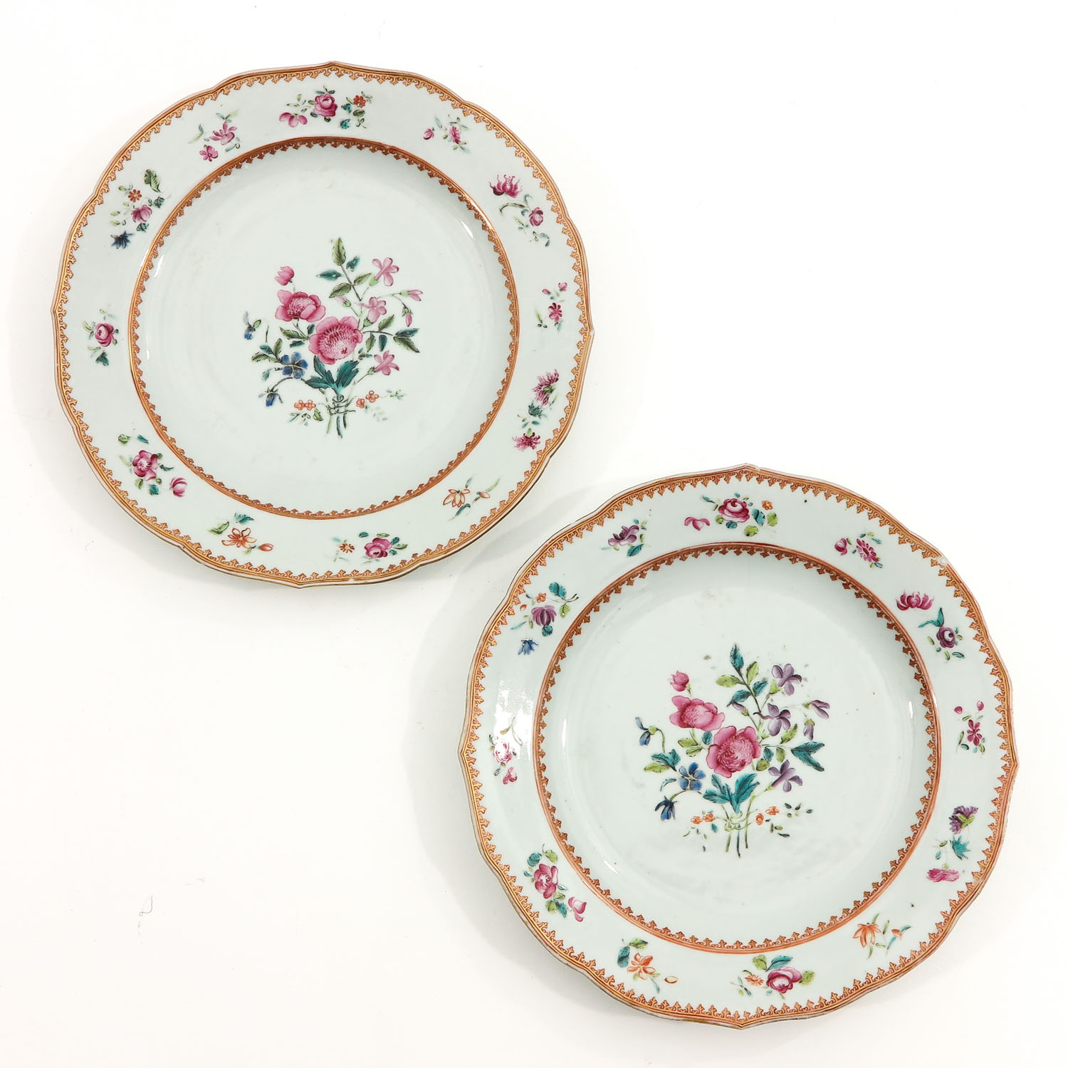 A Series of 8 Famille Rose Plates - Image 7 of 10