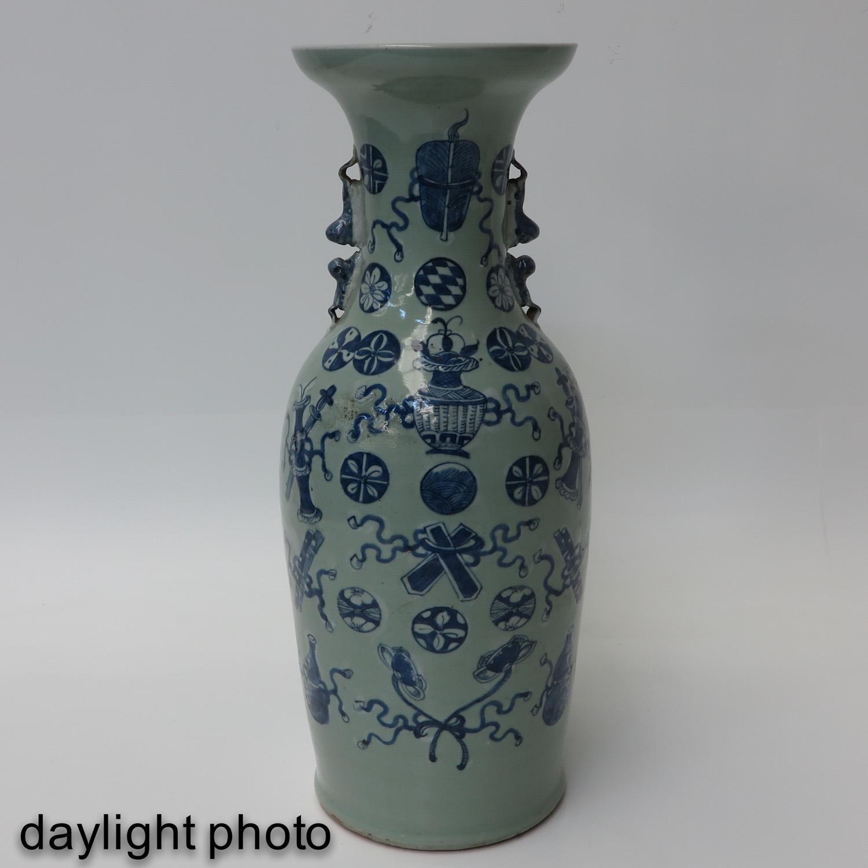 A Celadon and Blue Vase - Image 7 of 10