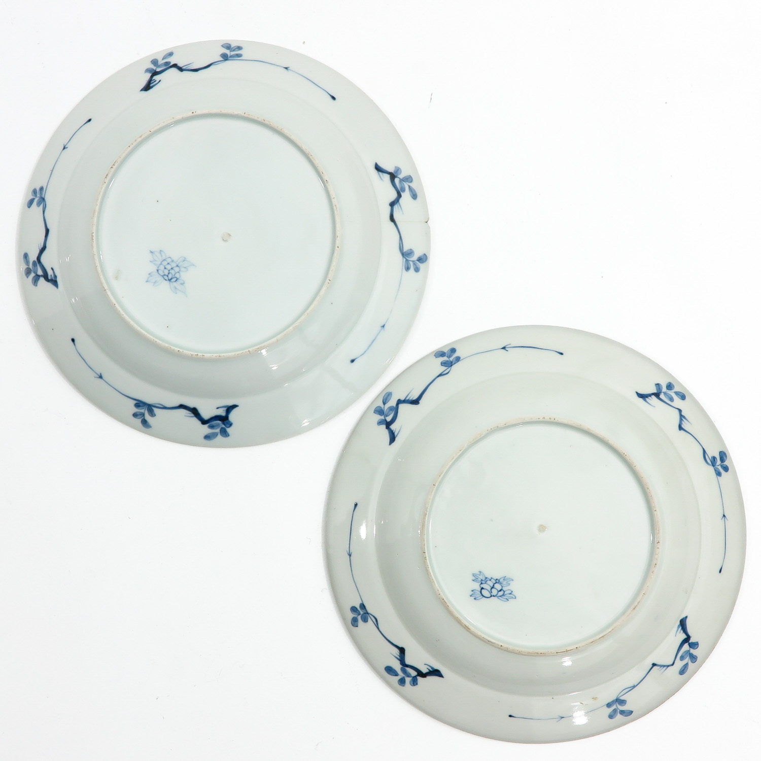 A Series of 6 Blue and White Plates - Image 8 of 10