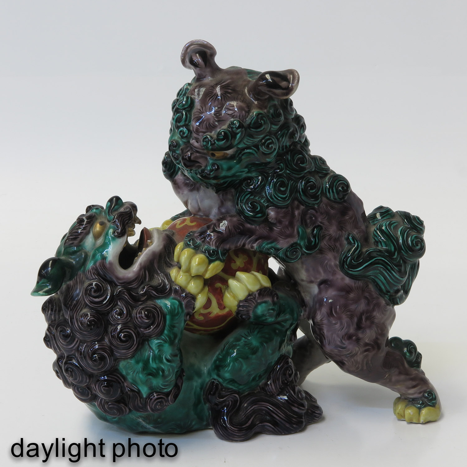 A Chinese Sculpture - Image 7 of 9