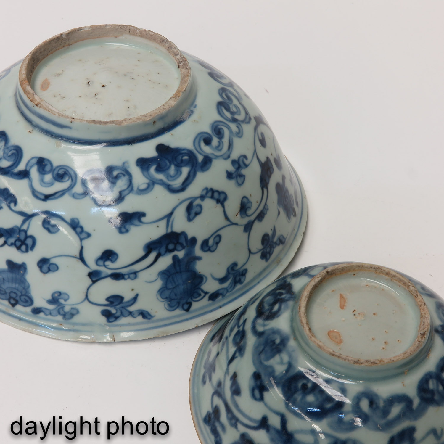 A Lot of 2 Blue and White Bowls - Image 8 of 10