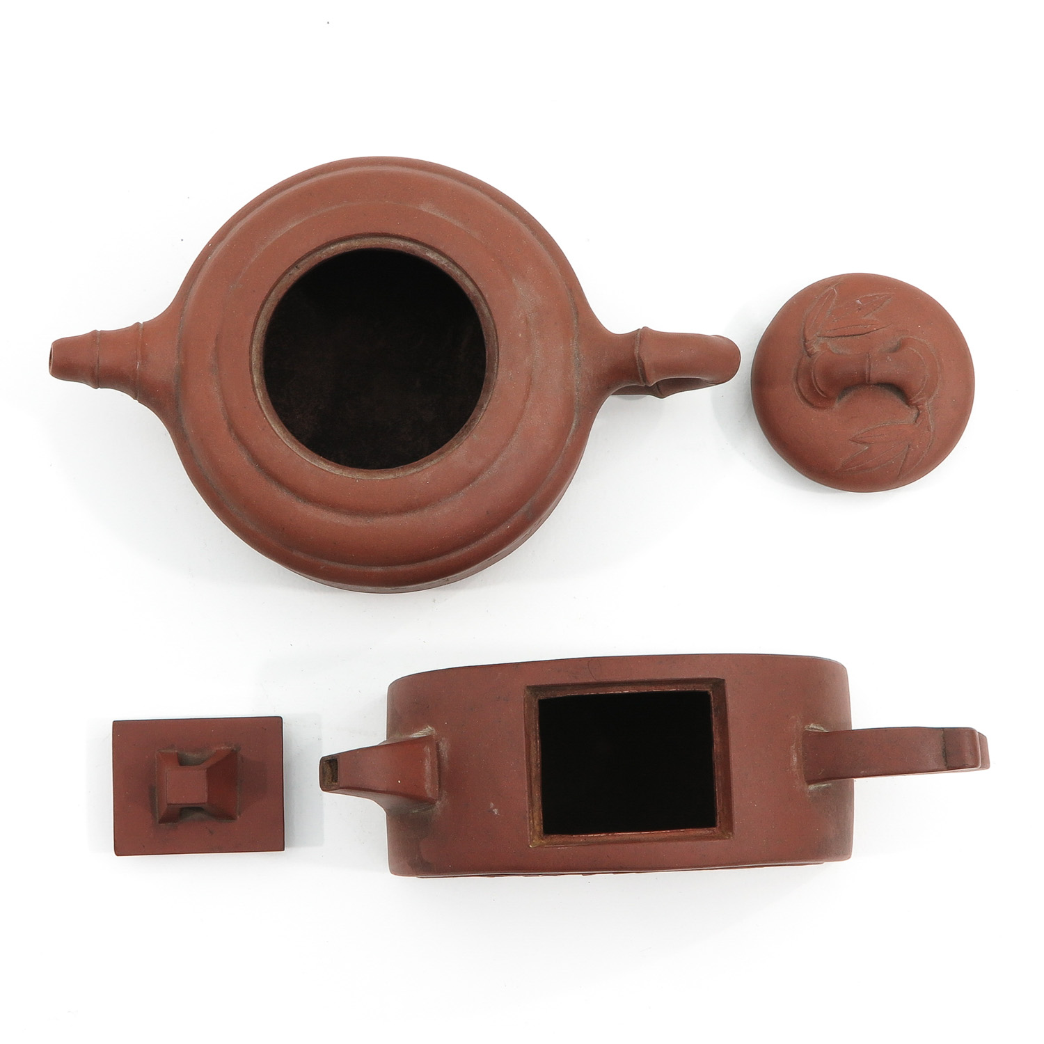 A Lot of 2 Yixing Teapots - Image 5 of 9