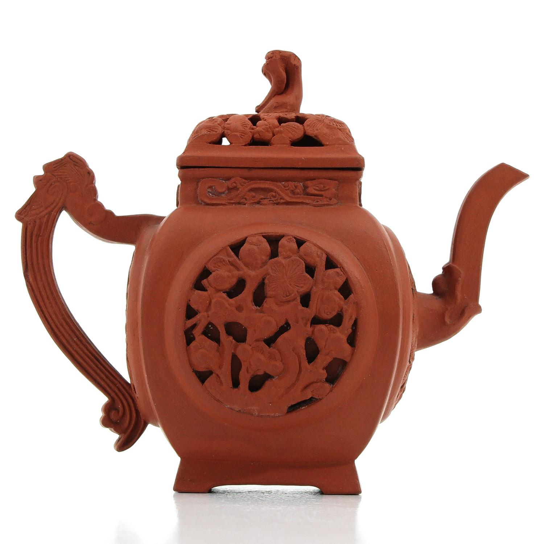 A Yixing Teapot - Image 3 of 10