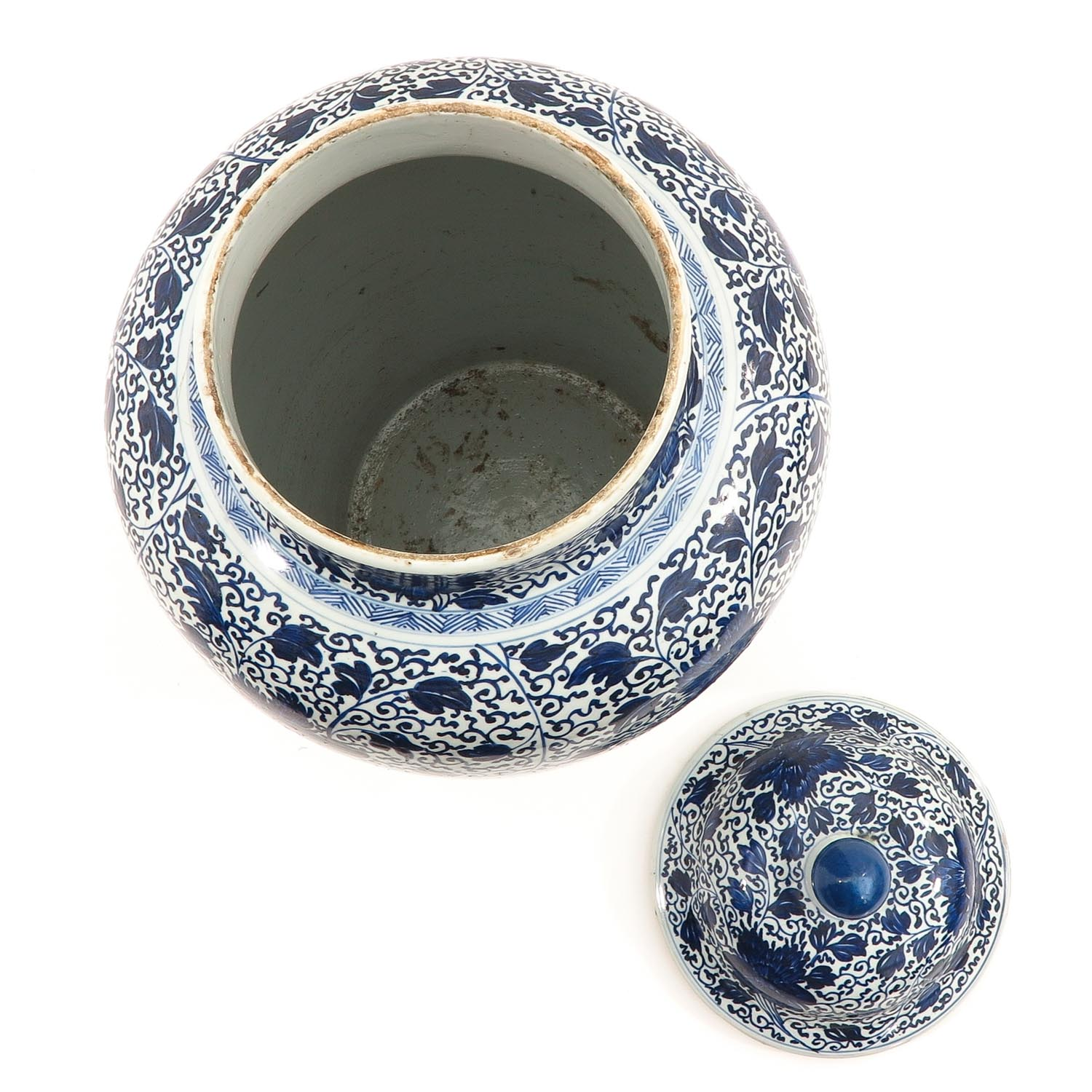 A Large Blue and White Jar - Image 5 of 9