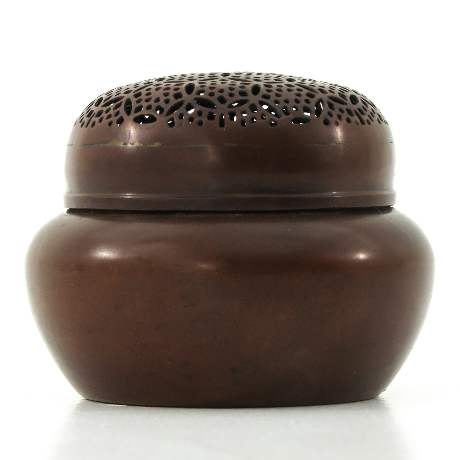 A Bronze Jar with Cover - Image 2 of 10