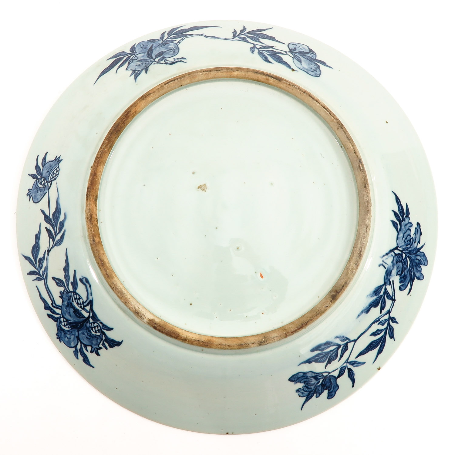 A Large Blue and White Charger - Image 2 of 7