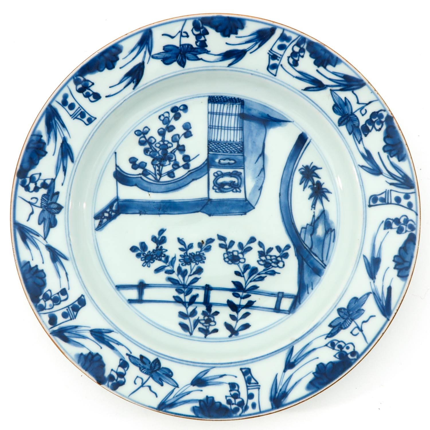 A Pair of Blue and White Plates - Image 5 of 9