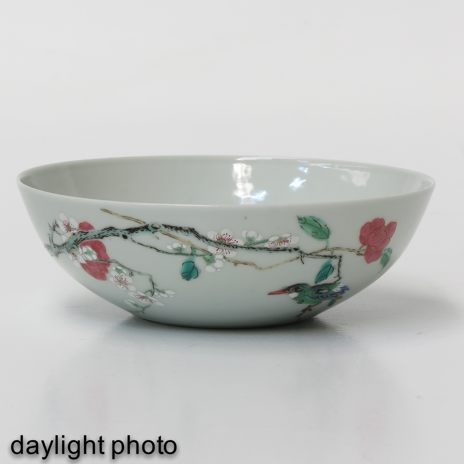 A Famille Rose Bowl - Image 7 of 9