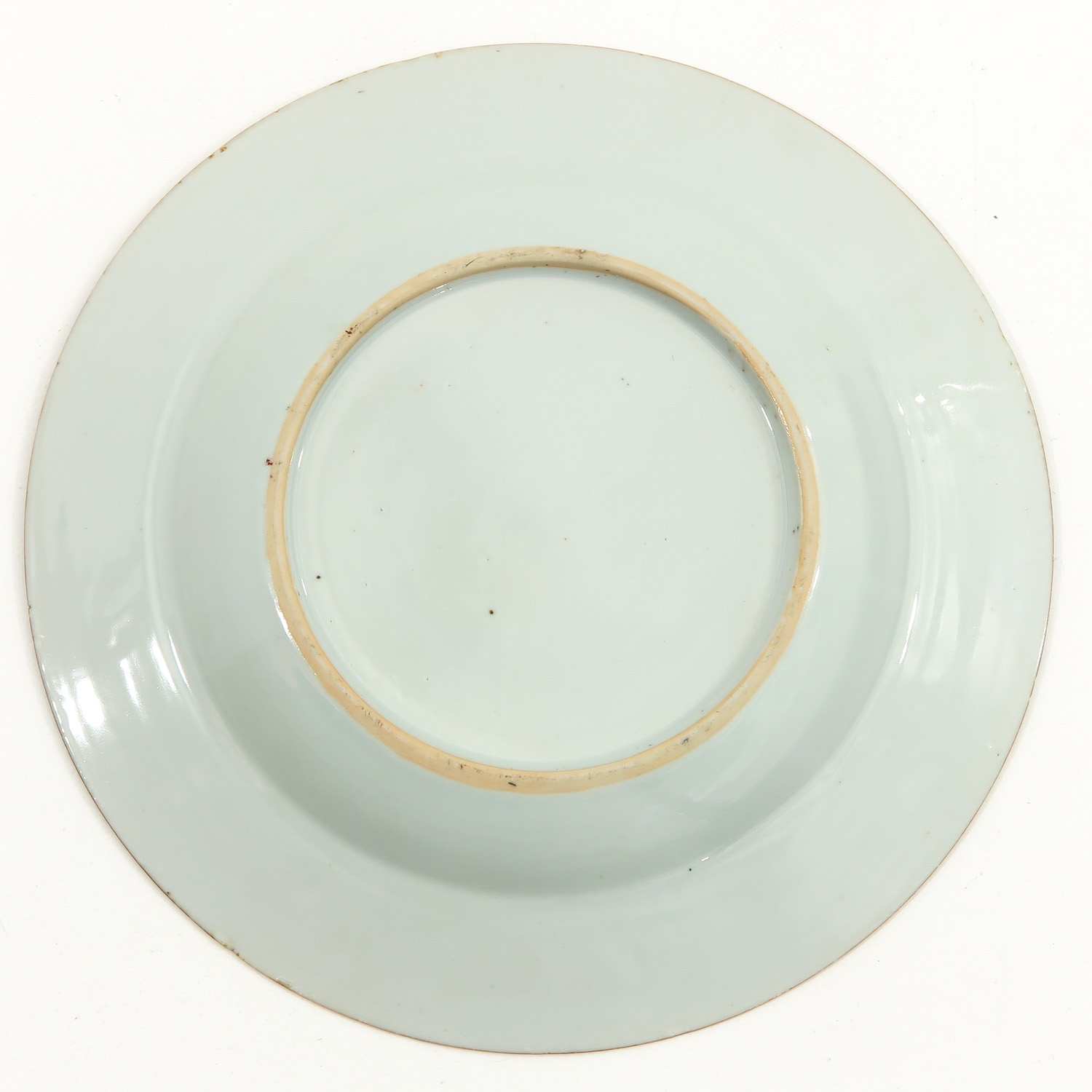 A Pair of Famille Rose Plates - Image 6 of 9