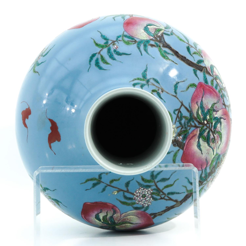A Peach Decor Bottle Vase - Image 5 of 10