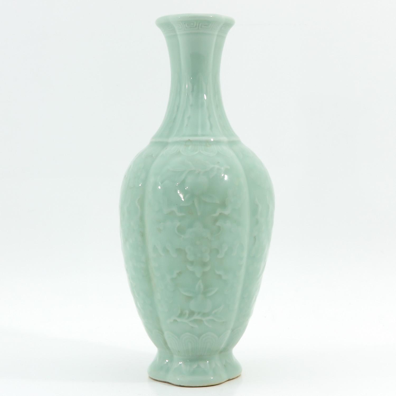 A Celadon Vase - Image 4 of 9