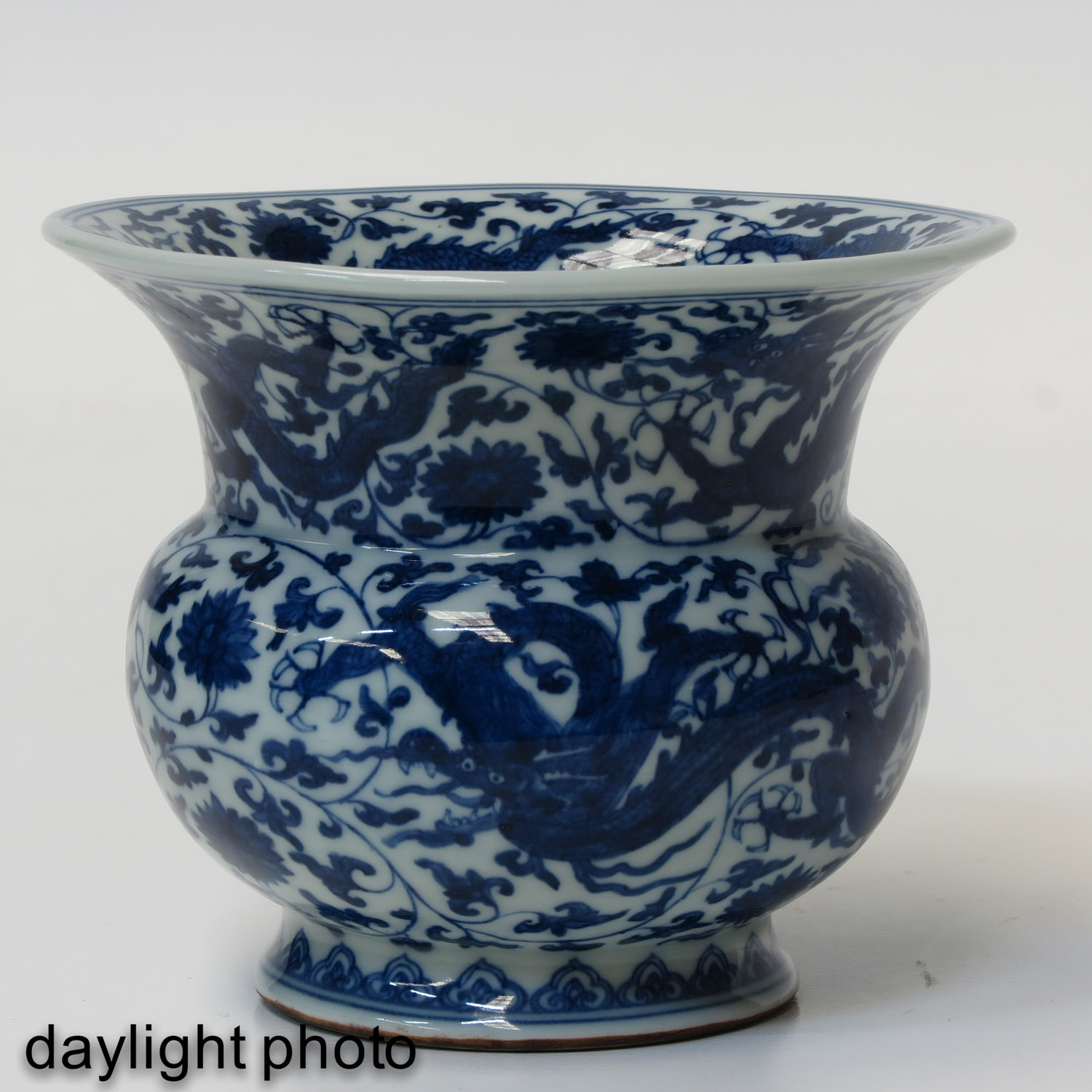 A Blue and White Vase - Image 7 of 9