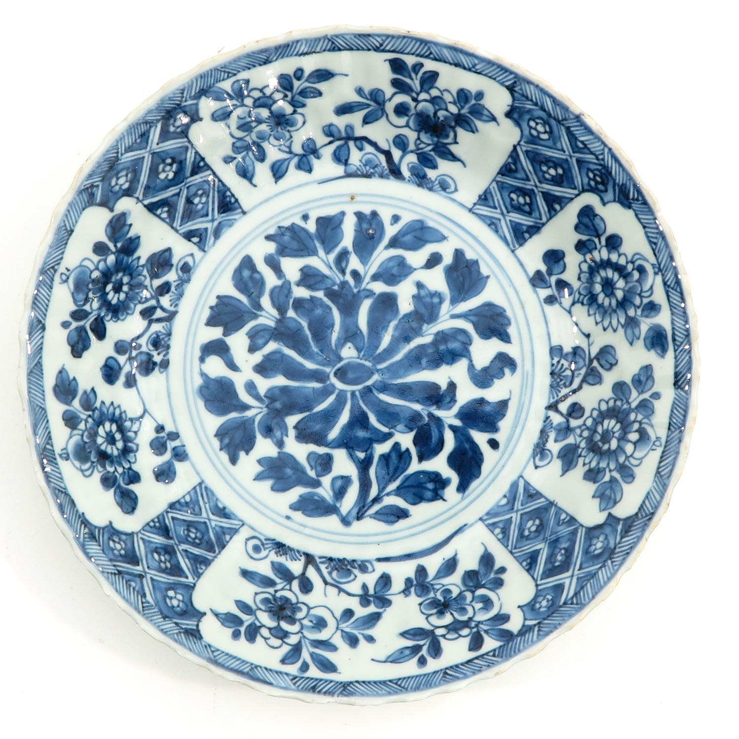 A Lot of 2 Blue and White Plates - Image 3 of 10