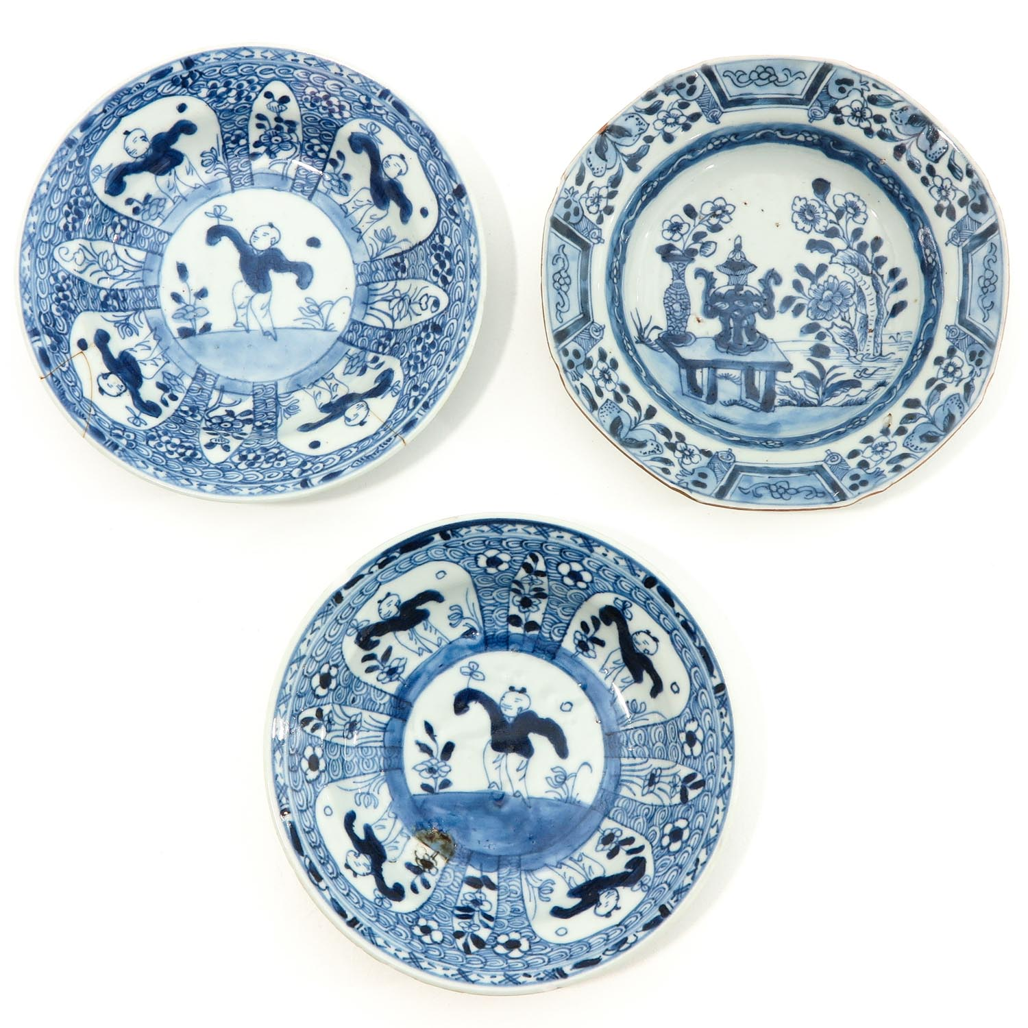 A Collection of 9 Blue and White Plates - Image 3 of 10
