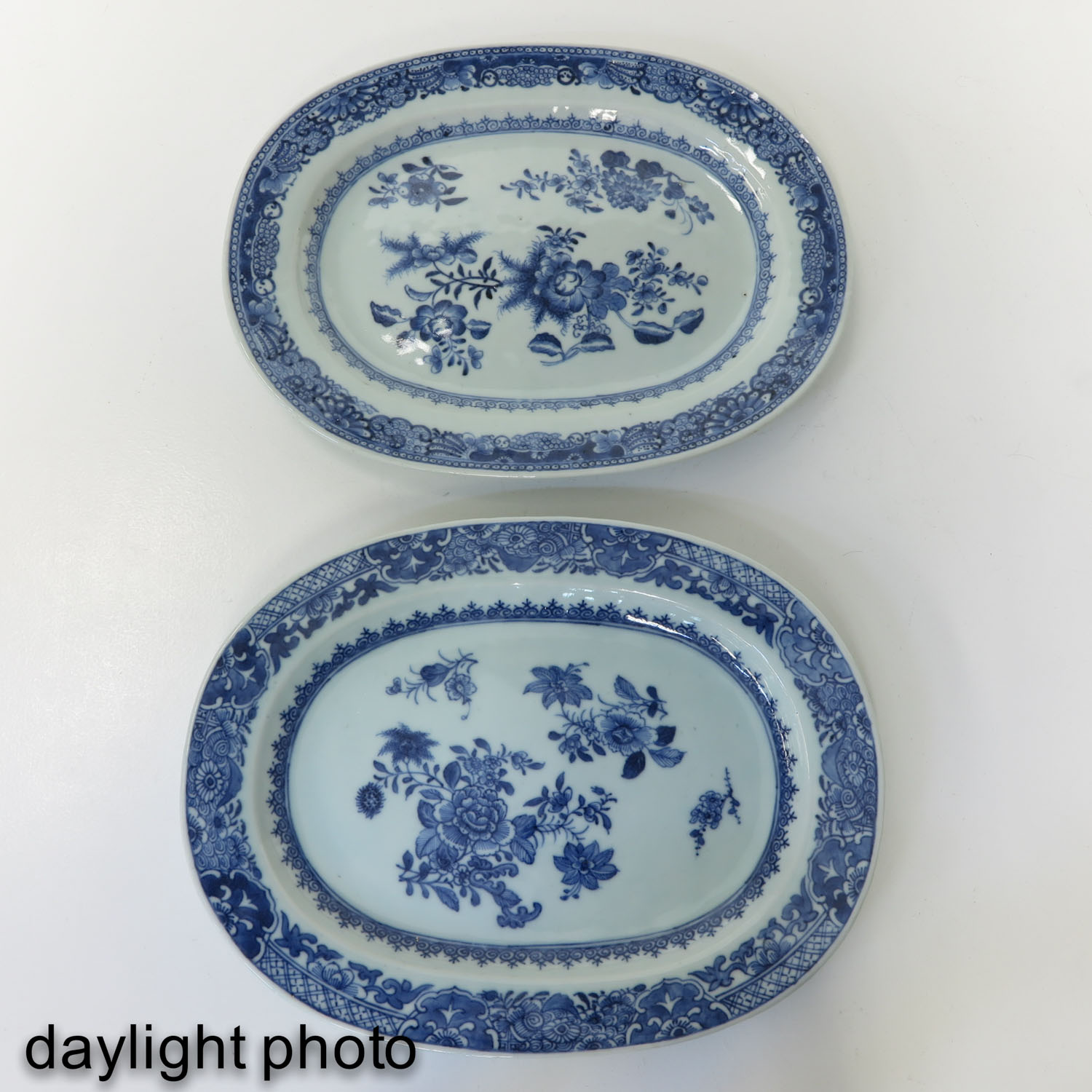 A Pair of Blue and White Chargers - Image 7 of 10