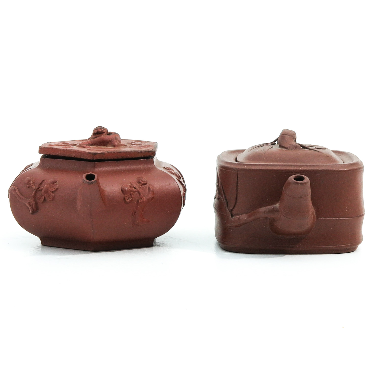 2 Yixing Teapots - Image 4 of 10