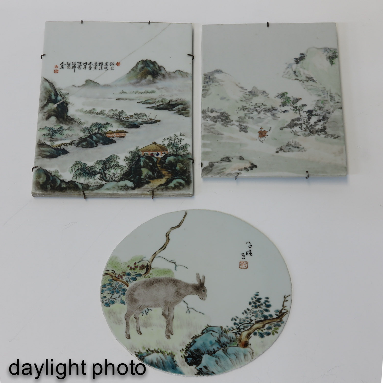 A Collection of 3 Chinese Tiles - Image 9 of 10