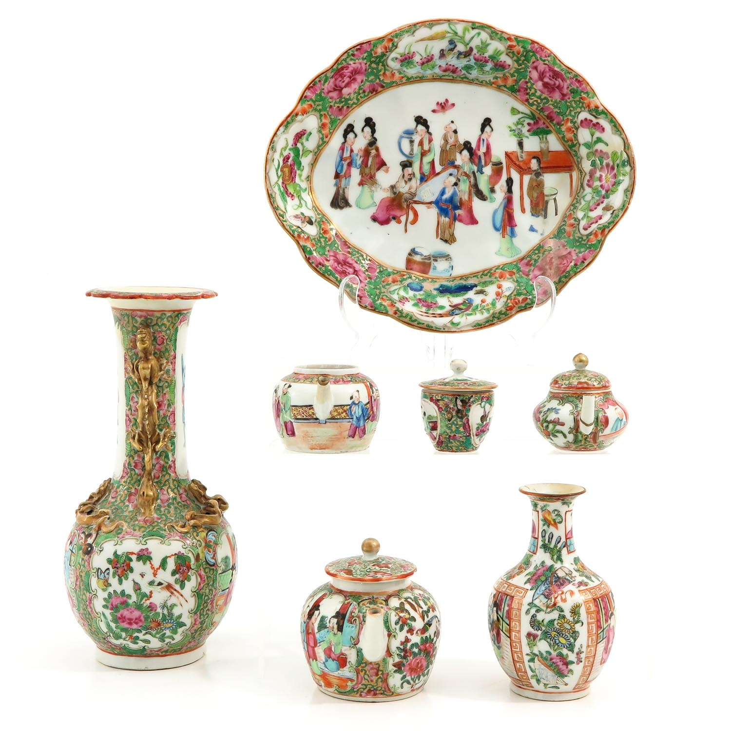 A Collection of Cantonese Porcelain - Image 4 of 10