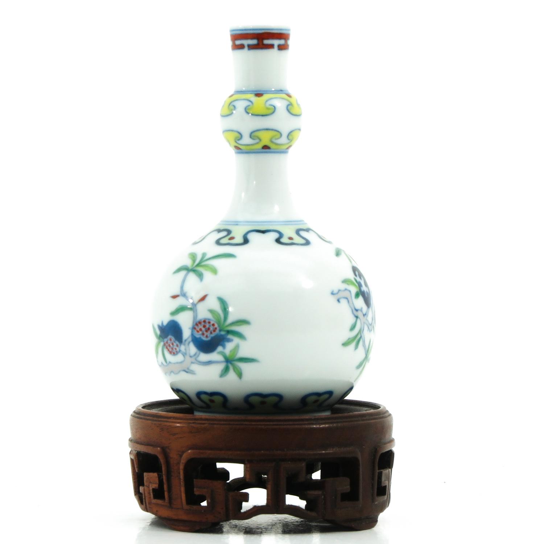 A Small Doucai Decor Vase - Image 4 of 10