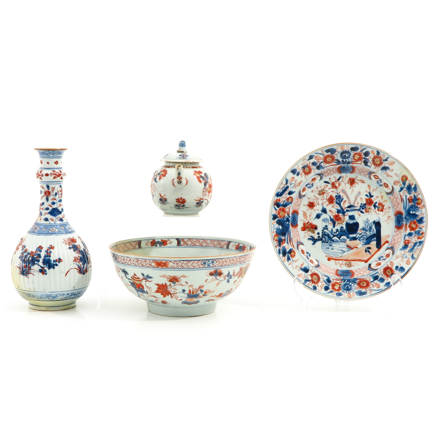A Collection of Imari - Image 4 of 10