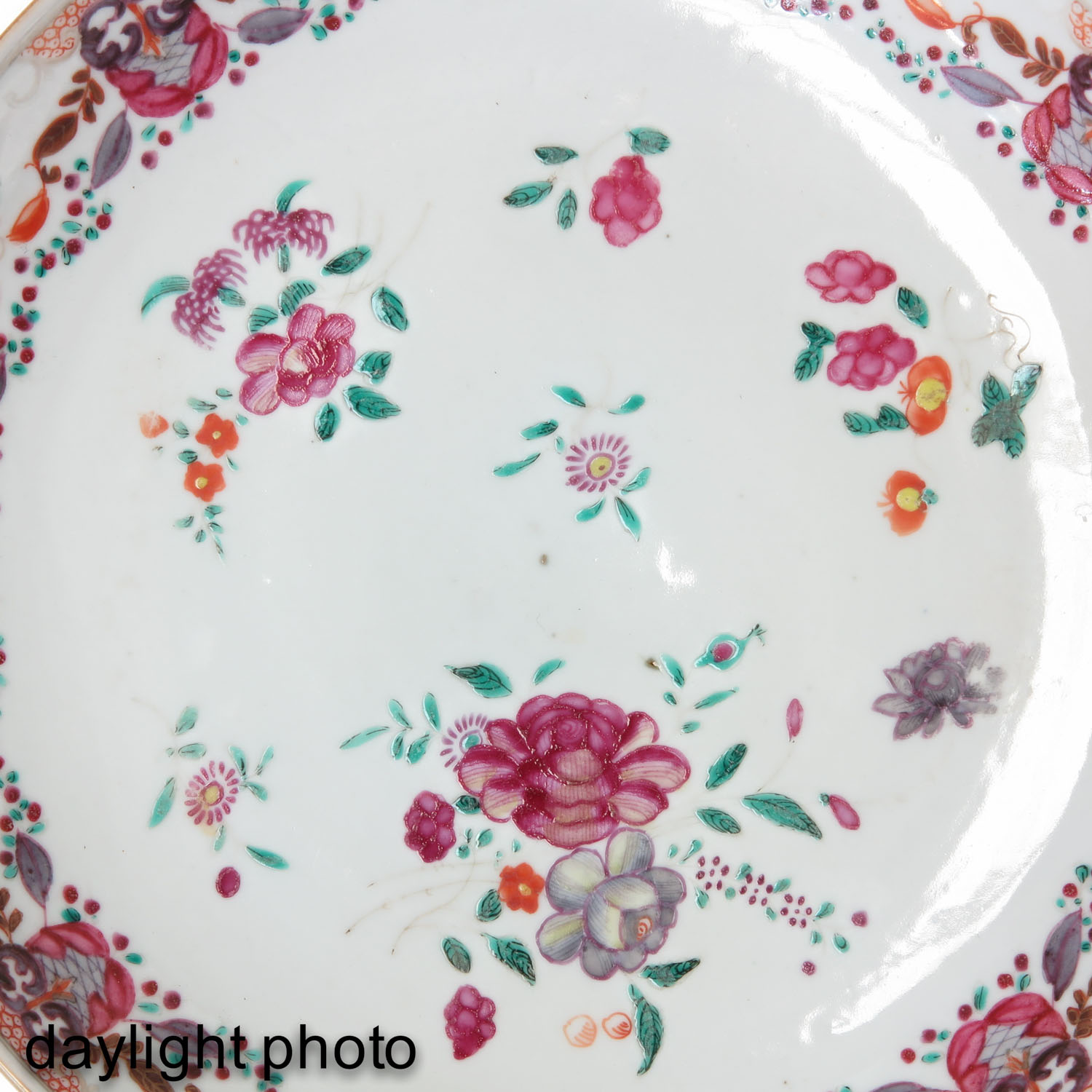 A Pair of Plates - Image 10 of 10