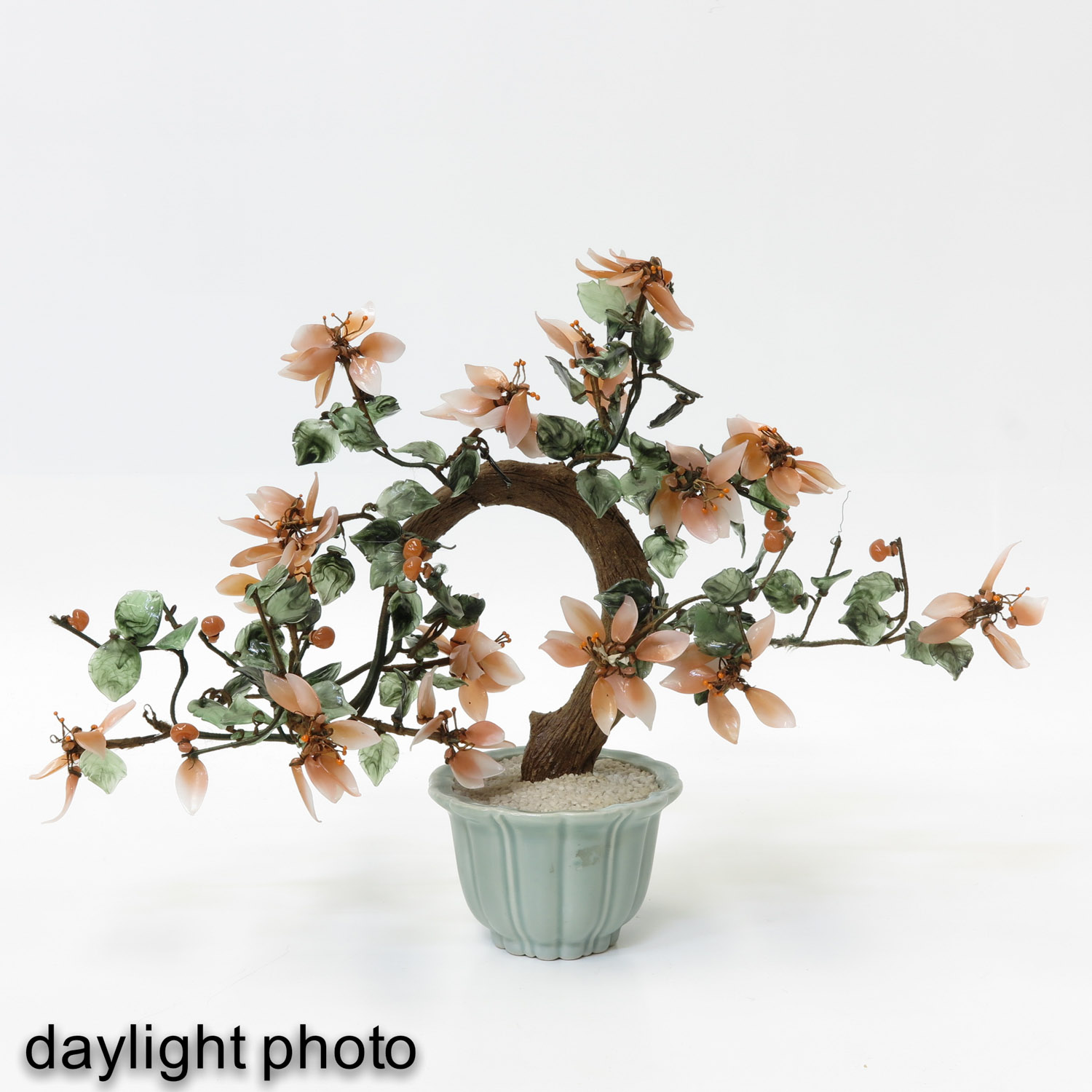 A Collection of Floral Arrangements - Image 9 of 10