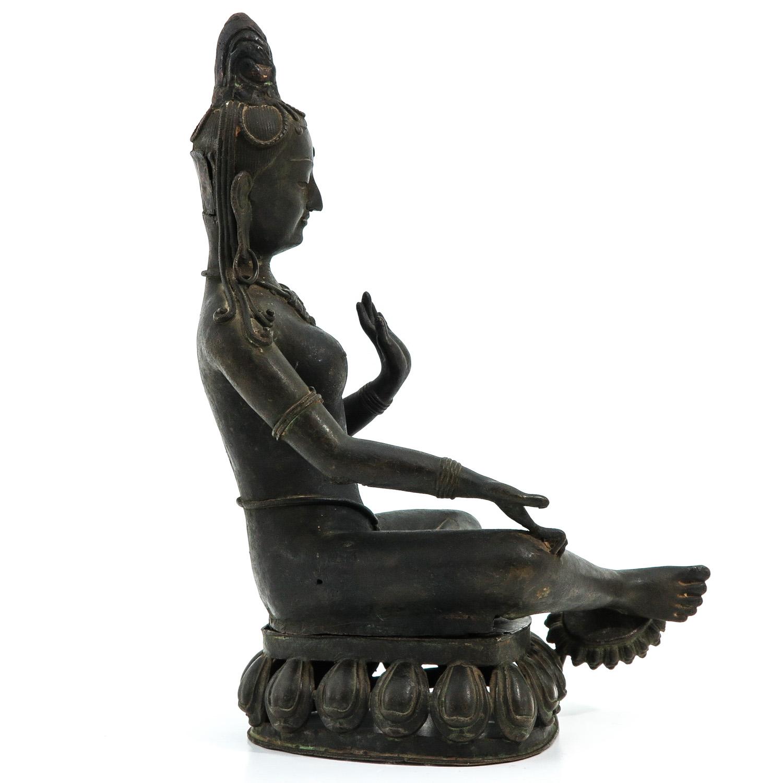 A Bronze Buddha Sculpture - Image 4 of 9