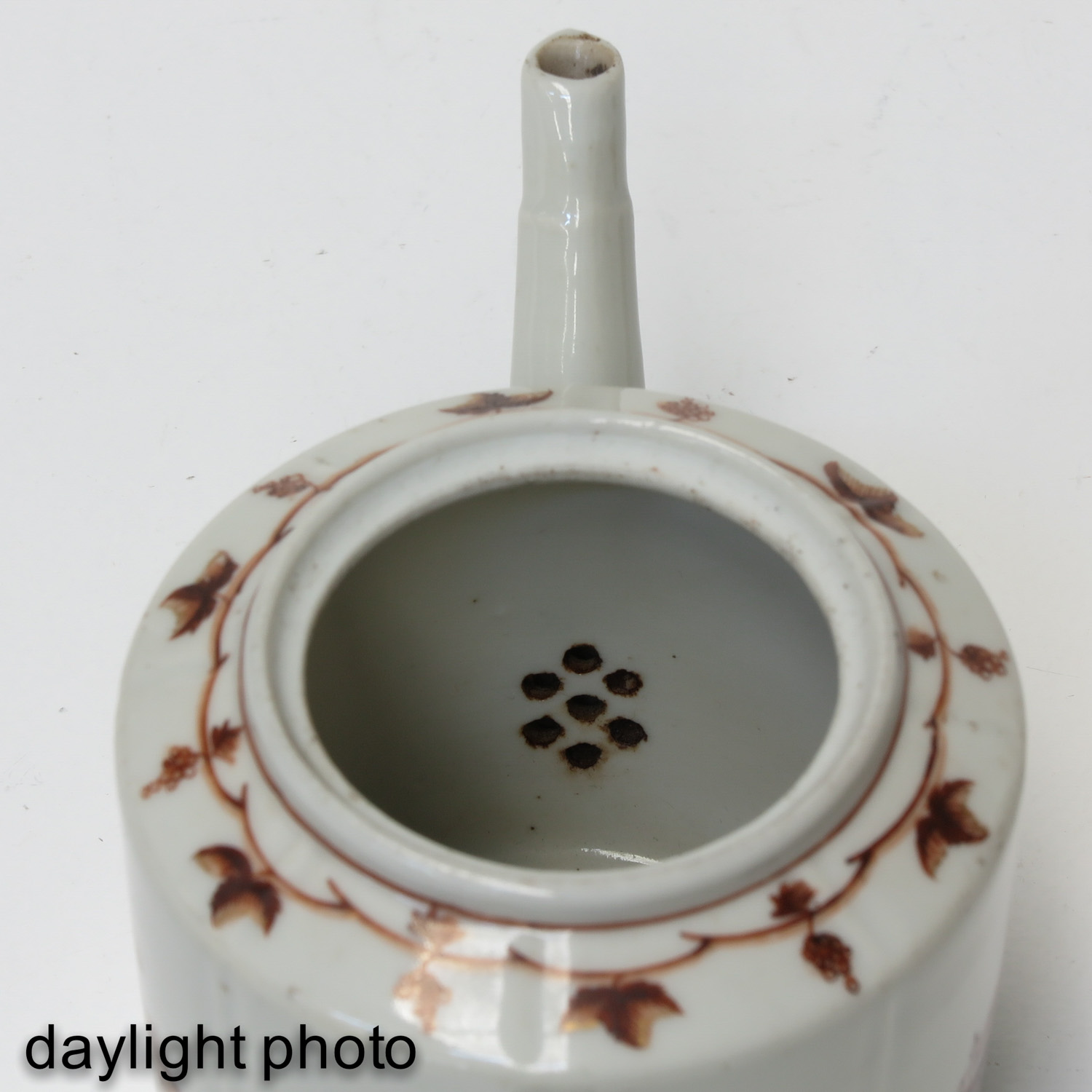 A Teapot and Small Dish - Image 9 of 9