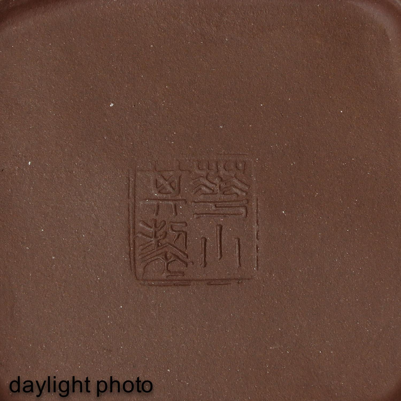 2 Yixing Teapots - Image 9 of 10