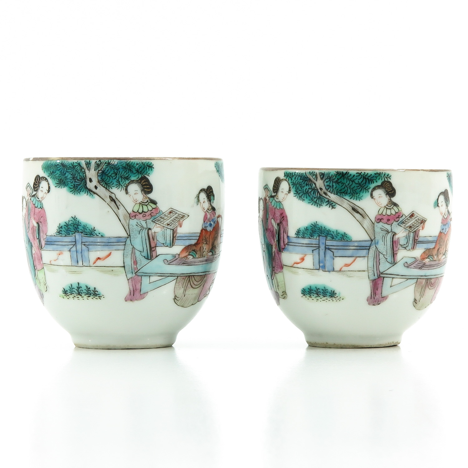 A Pair of Famille Rose Cups and Saucers - Image 4 of 10