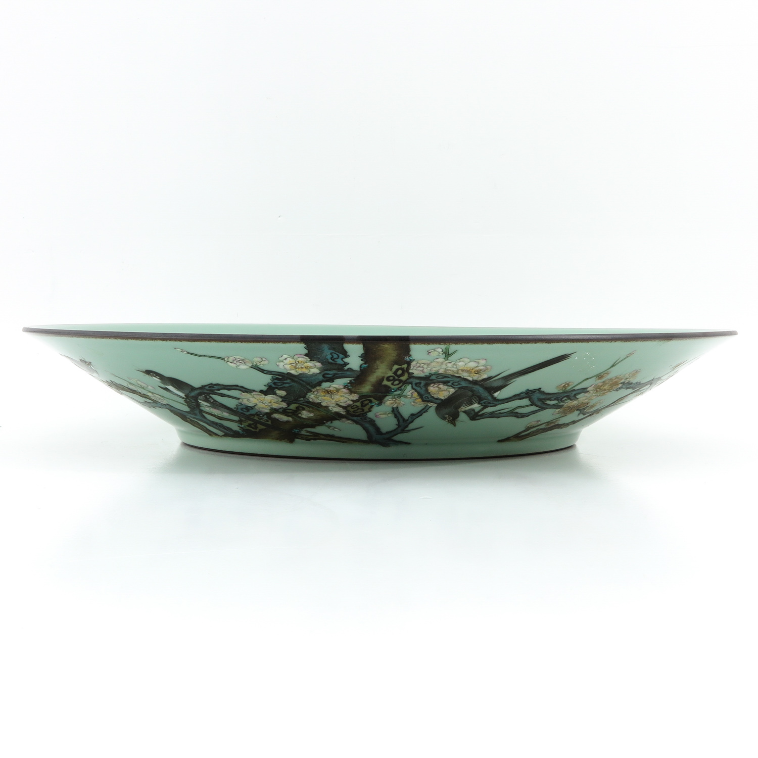 A Celadon Charger - Image 4 of 10