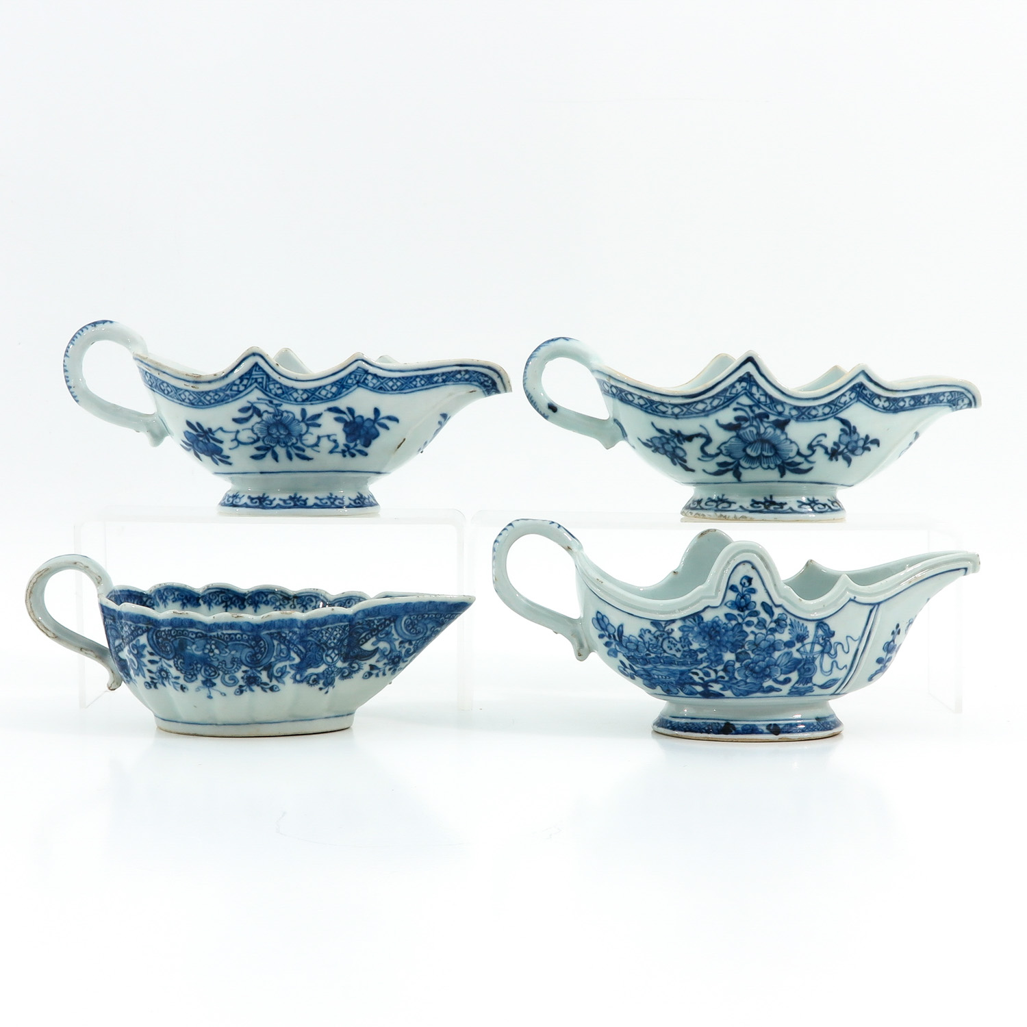 A Collection of Export Porcelain - Image 3 of 9