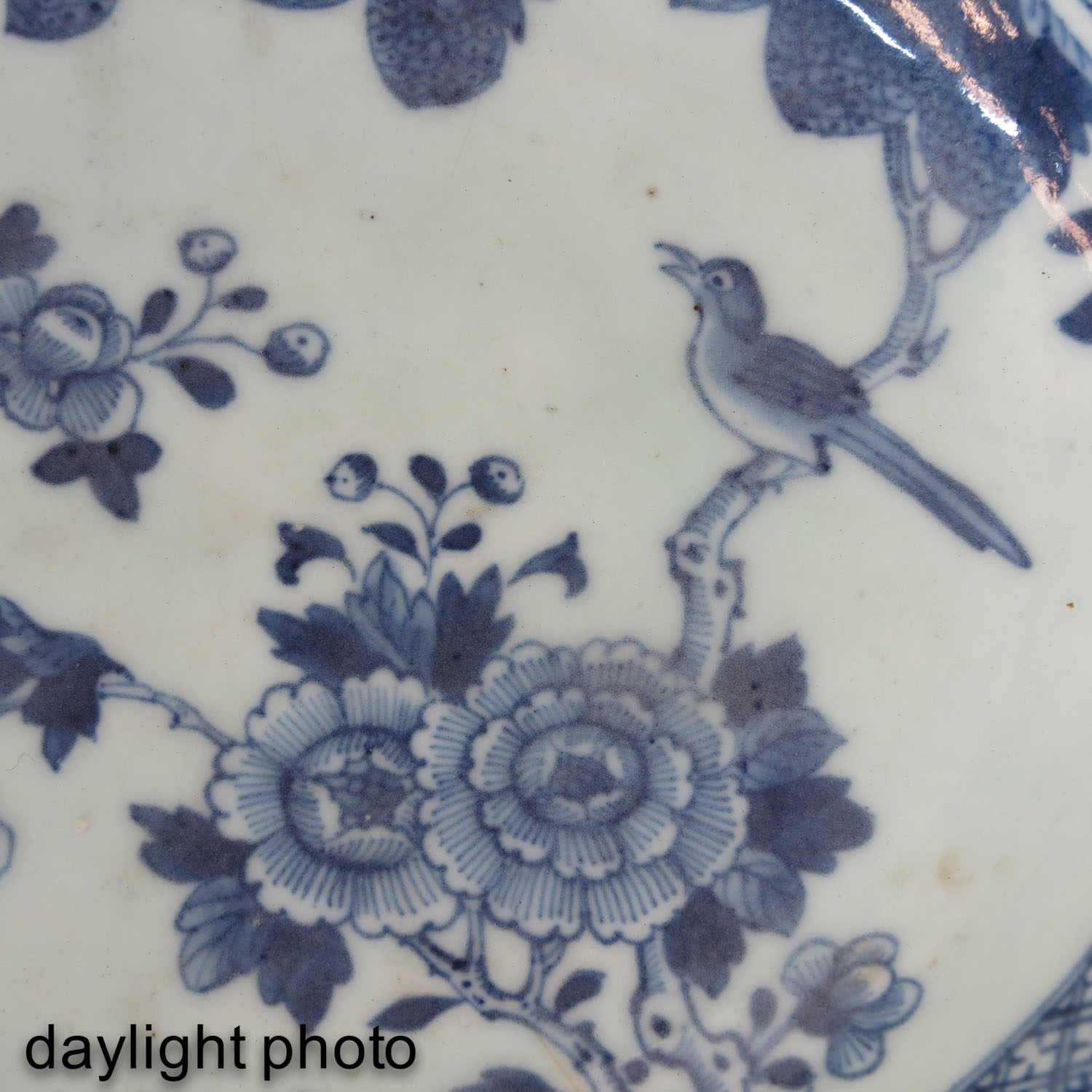 A Blue and White Shaving Bowl - Image 7 of 7