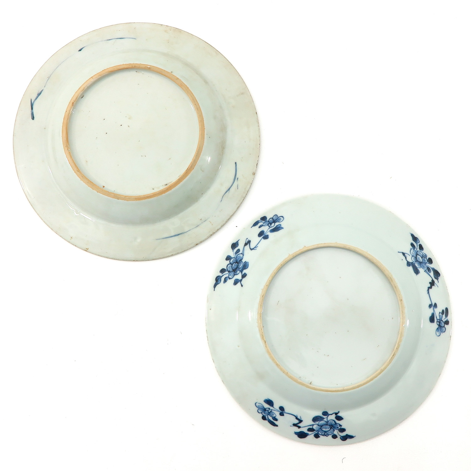 A Collection of 4 Blue and White Plates - Image 4 of 10