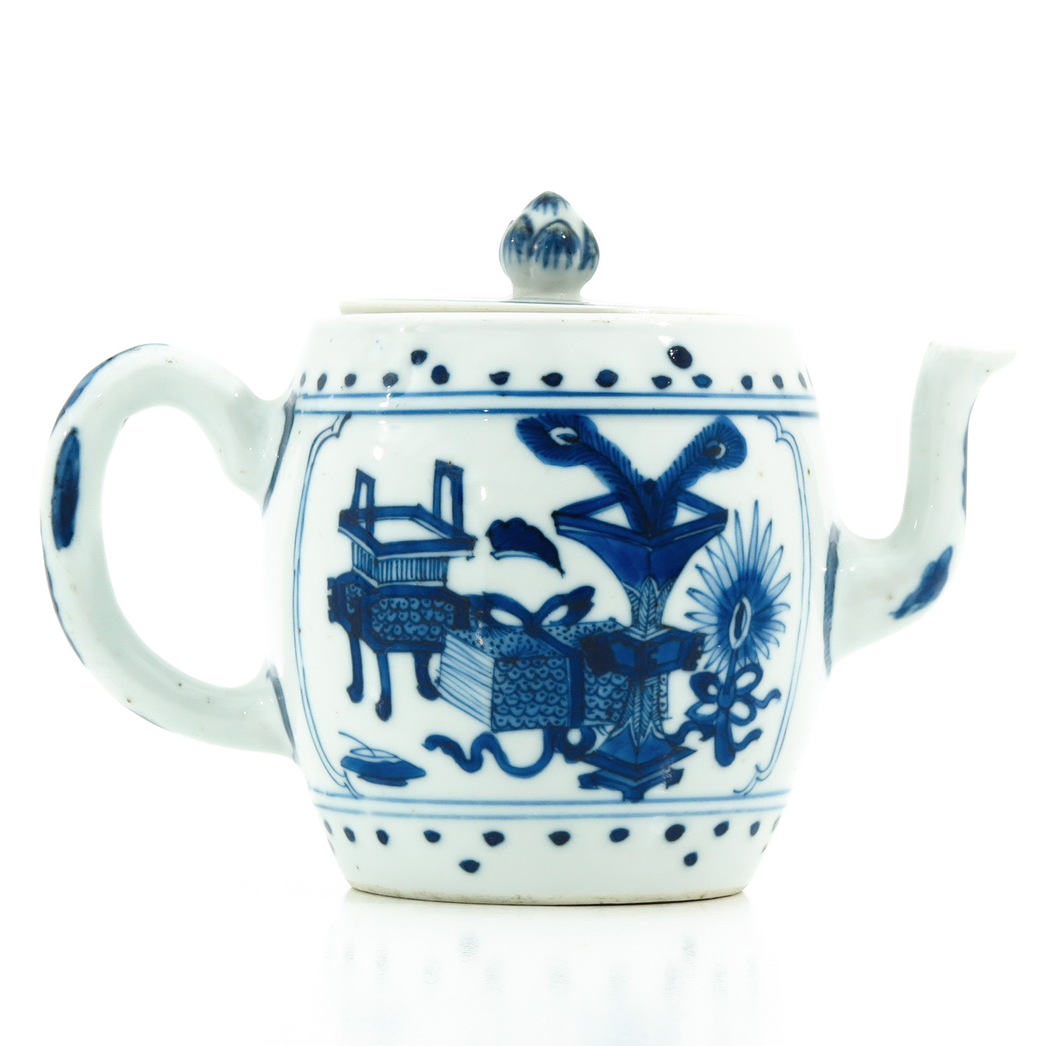 A Blue and White Teapot - Image 3 of 10