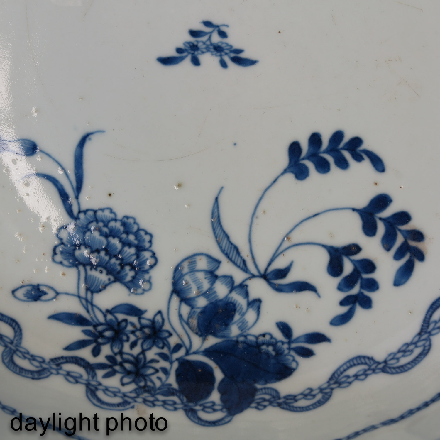 A Blue and White Bowl and Teapot - Image 10 of 10