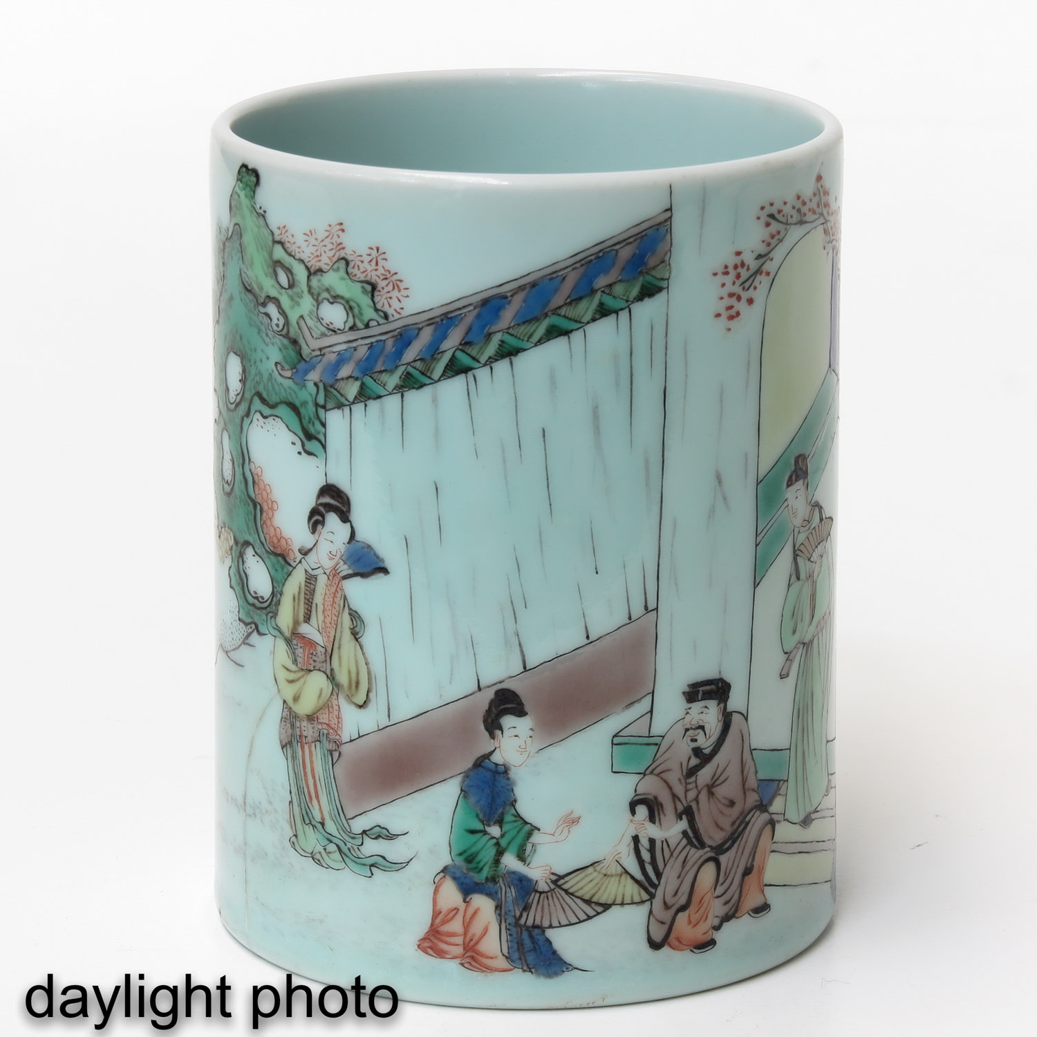 A Famille Verte Brush Pot - Image 7 of 9