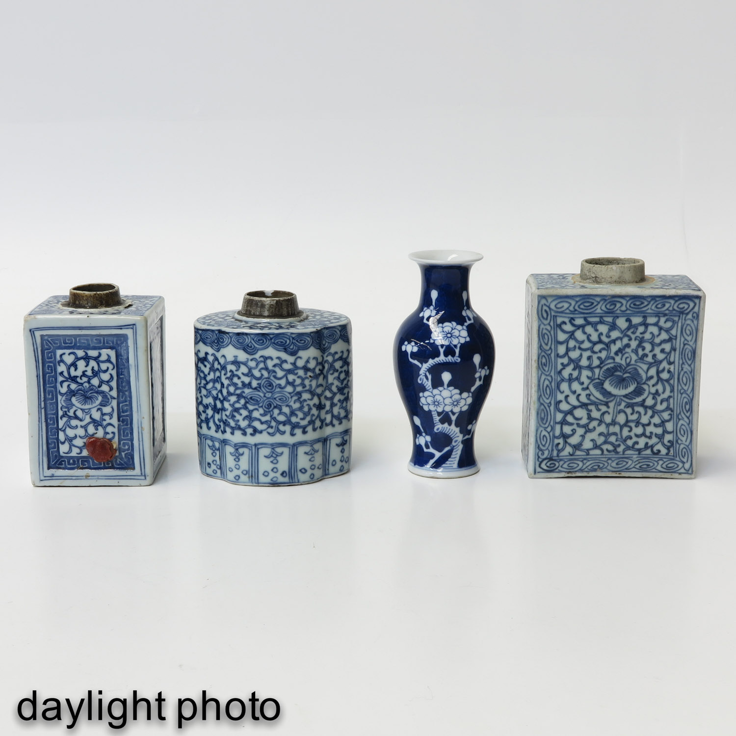 A Diverse Collection of Porcelain - Image 7 of 9